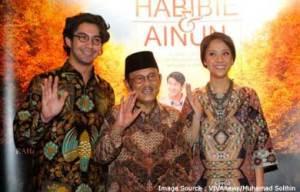 201212-MR1-habibie-Ainun